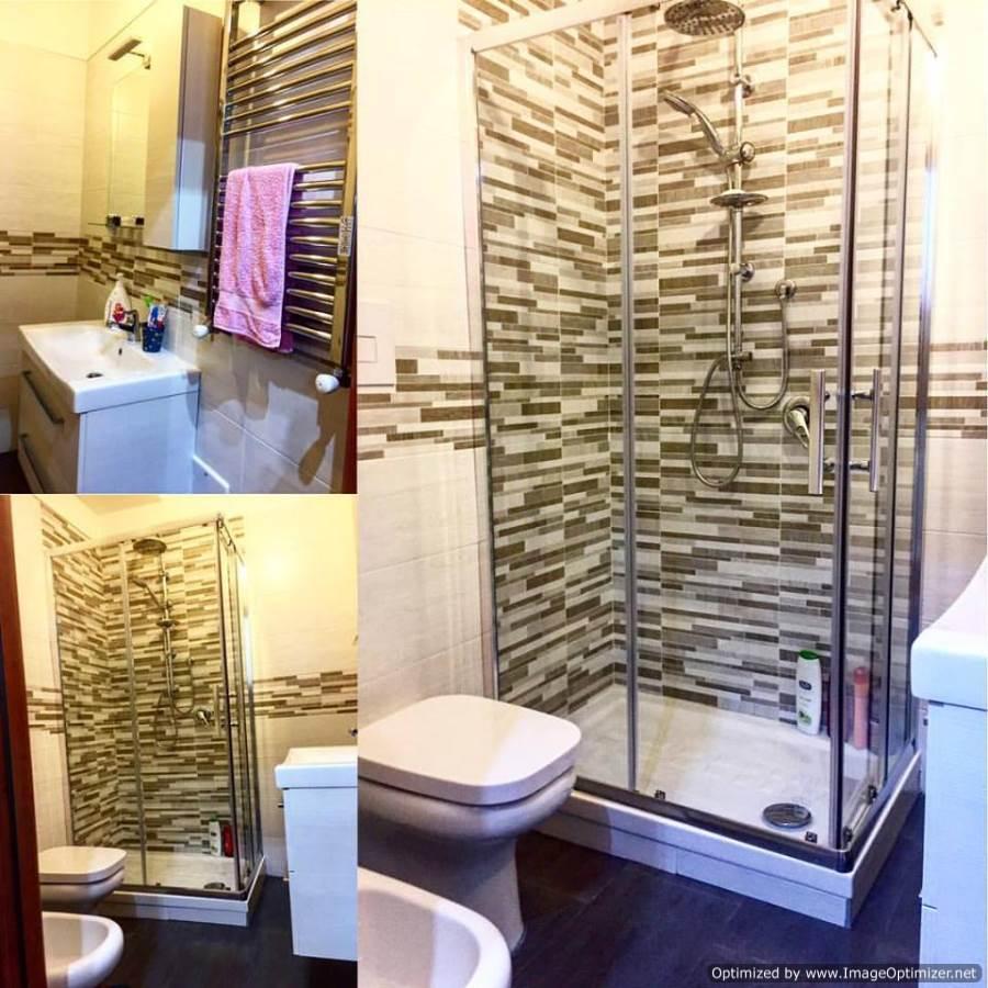Cabina doccia mattonelle decorazioni
